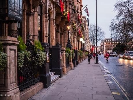 London day 2 Dec 24-94