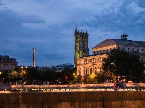 Tour Saint Jacques, Paris, on a summer night
